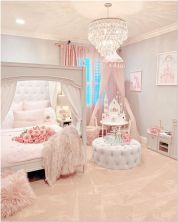 66 Lovely Pink Bedroom Design Ideas For Your Teen Girl 17