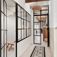 72 House Interior With Glass Design 1