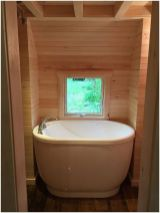 77 Tips On Using Bathtubs Sinking Tubs And Shower Tiles In Your Tiny House Bathroom Design 18