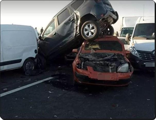 حوادث سير خطيرة بين برشيد و اسطات بالطريق السيار نتيجة كثافة الضباب