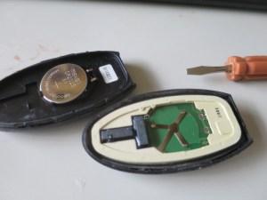 日産キーレス電池交換
