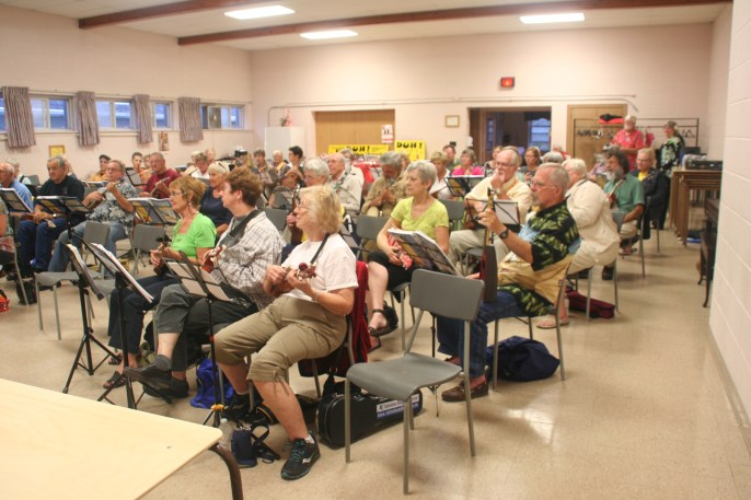 55 Ukulele players from all over Ontario