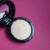 My Favorite Powder: Mac Mineralize Skinfinish Natural