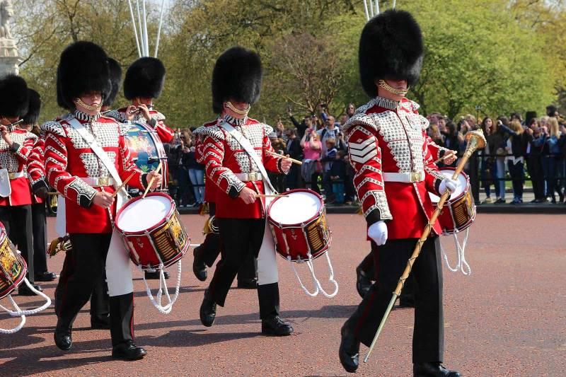 Buckingham Palace - Cambio della guardia