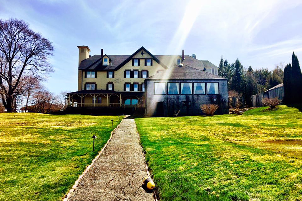 Maine inns - Claremont