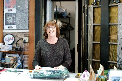 Lynn Irish at WhipperSnappers Quilt Studio