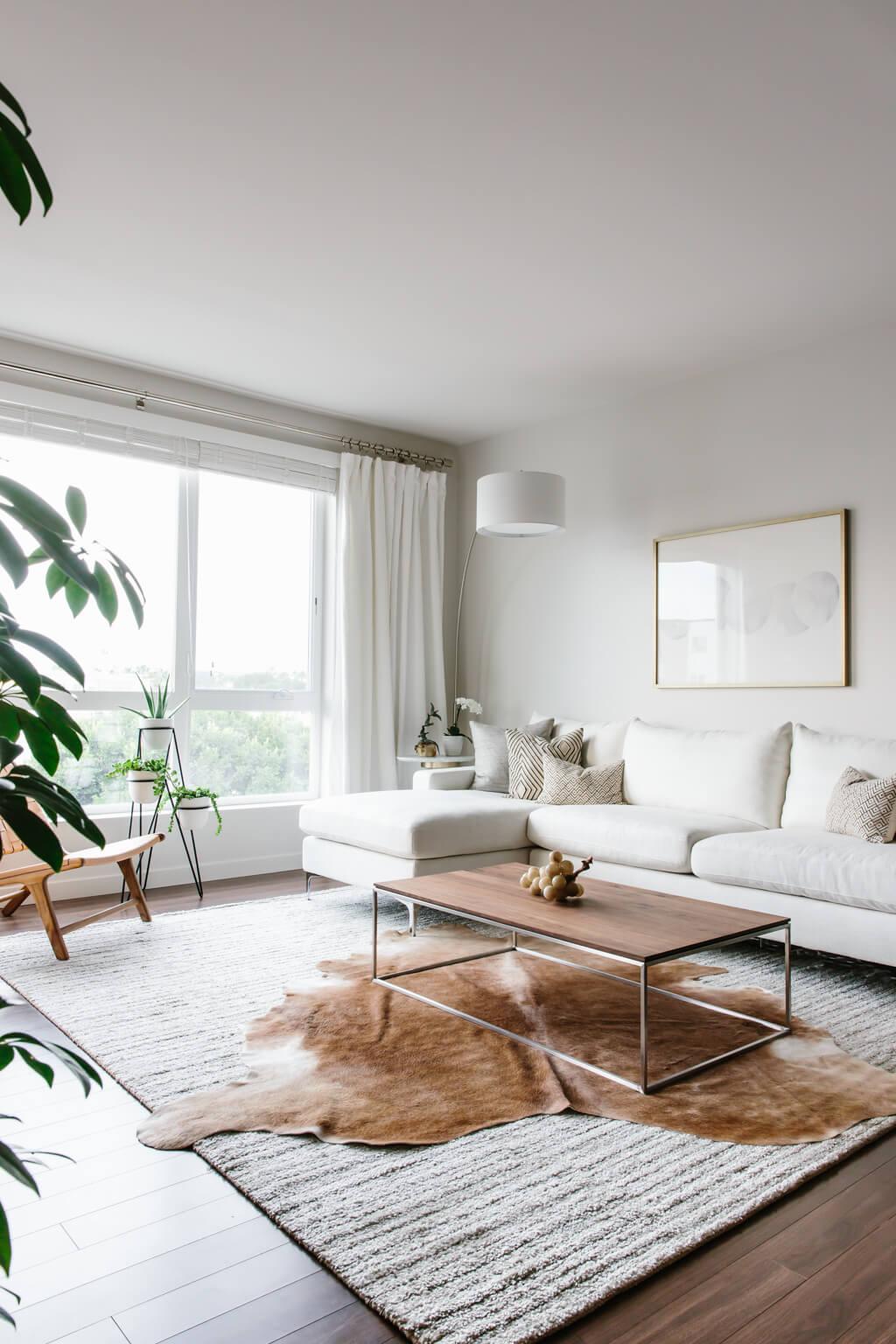 Designing my Modern and Minimalist Living Room with ... on Minimalist Living Room Design  id=50907