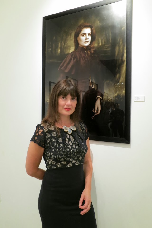 Sophie Aldred with the photograph Steve named 'Bid Time Return', as a nod to the novel by Richard Matheson. Photo © Steve Cook. Used with permission.