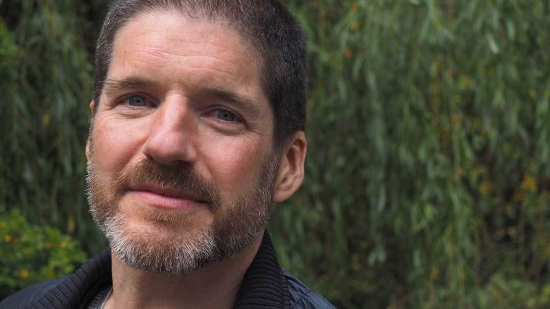 UK's Comics Laureate Charlie Adlard showcases power of comics to promote literacy at libraries event