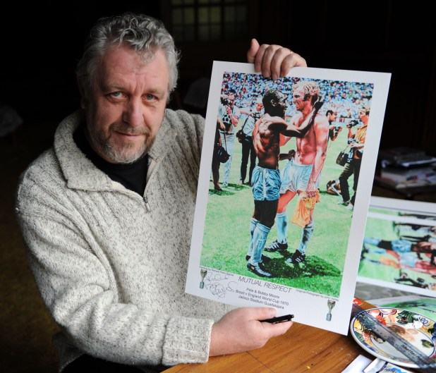 Richard with a copy of his limited edition 'Mutual Respect' print, released in 2010, based on a photo taken by John Varley at the Estadio Jalisco Stadium in Guadalajara, Mexico on 7th June 1970. It shows Bobby Moore and Pele swapping shirts following England's Group C defeat at the hands of Brazil. Quoted as being Bobby Moore's 'favourite photo', the then world champions were effectively handing over the baton of world supremacy to champions-elect and the world's greatest-ever player.