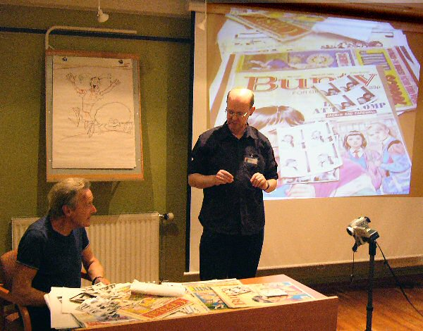 John Armstrong talking about his comics career at the Raptus convention in Bergen in 2003.