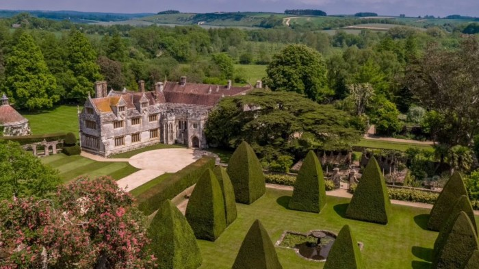 Athelhampton House, location for the filming of Doctor Who: The Seeds of Doom