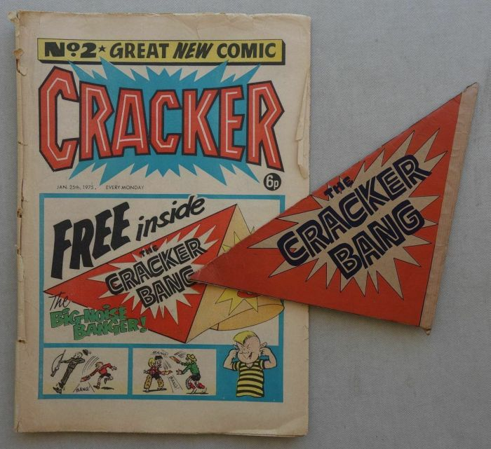 Cracker issue 2 with Free Gift, cover dated 25th January 1975