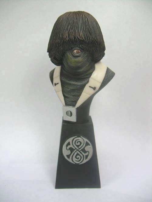 """Doctor Who sculpts by Neil """"Blackbird"""" Sims - Monoid"""