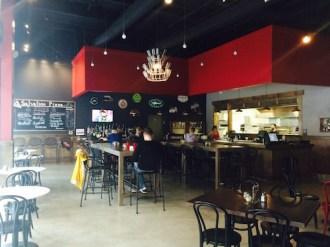 downtown-austin-salvation-pizza-interior