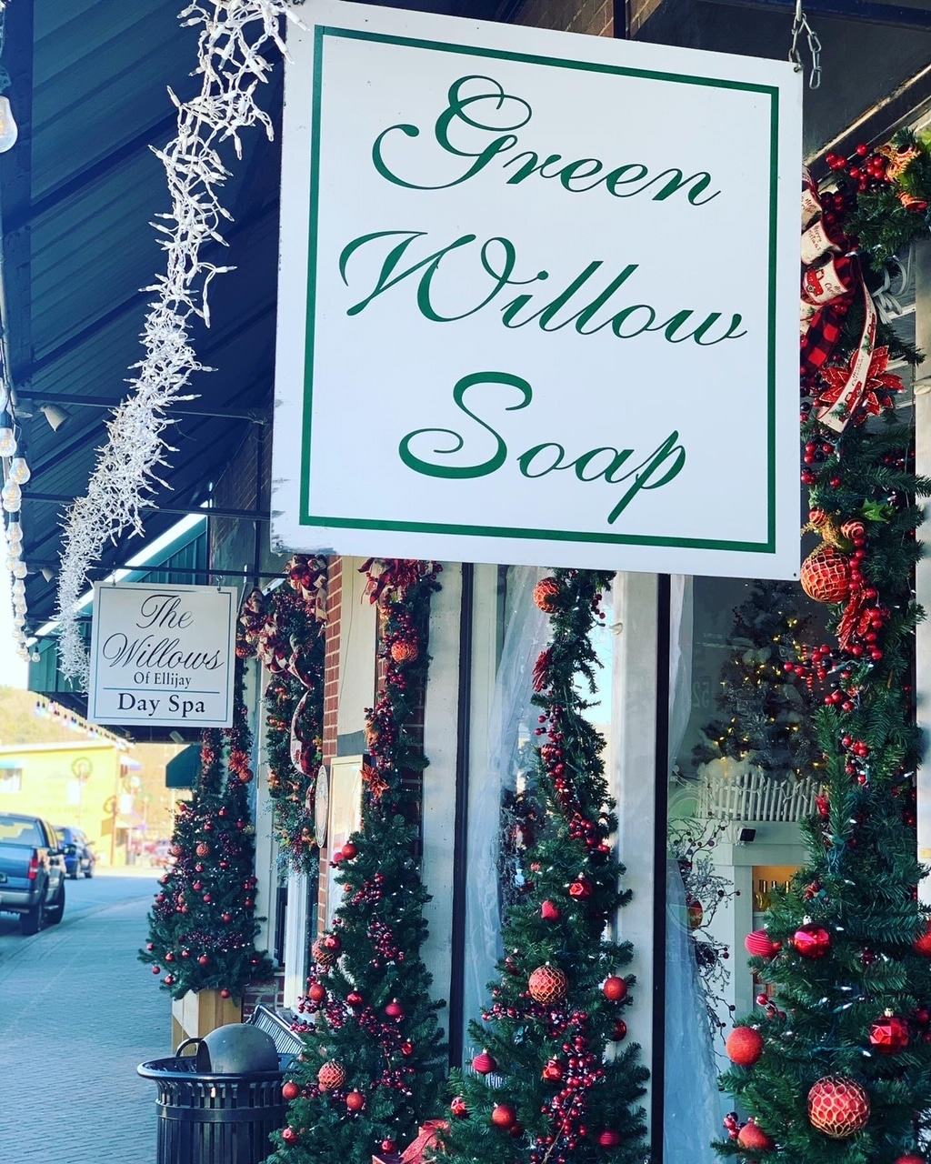 Green Willow Soap storefront decorated for the holidays