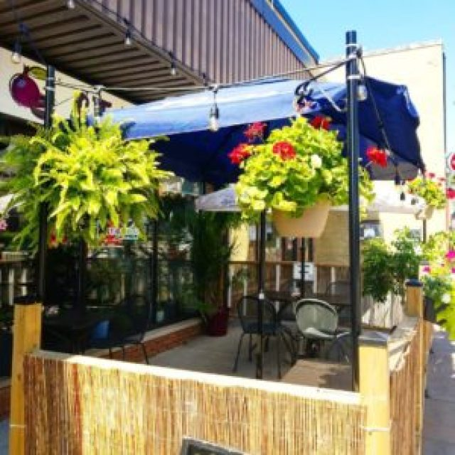 Starapples patio in downtown Bowmanville.