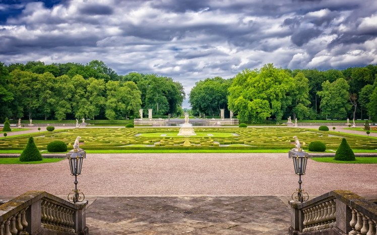 Ornate gardens and grounds.