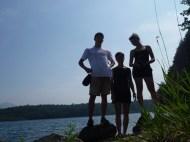 Les trois silhouettes du lac