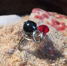 Fil d'argent 925, perle d'hématite, toupie swarovski