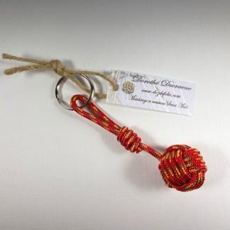 porte clé pomme de touline rouge
