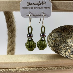 Boucles d'oreilles pomme de touline Coton vert kaki