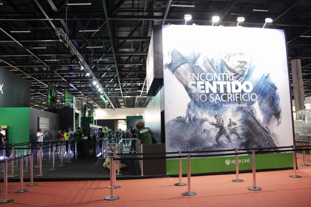 Não! Você não vai encontrar o stand do Xbox assim, vazio!