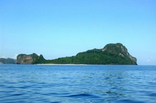 Helicopter Island in de Bacuit Bay - El Nido, Palawan, Filipijnen