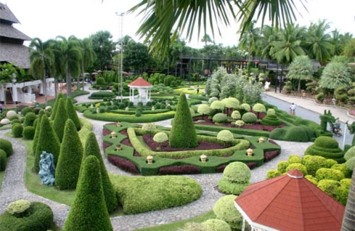 Nong Nooch Village