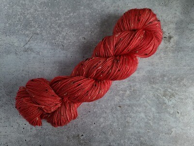 Capelet Tweed Hand Dyed Yarn