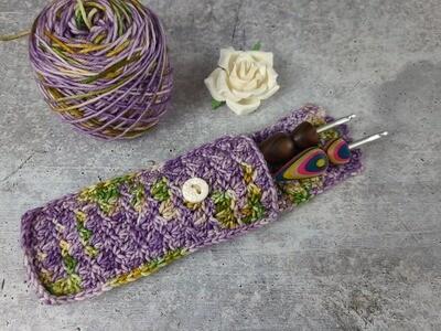 Blooming Flowers Crochet Hook Pouch Crochet Pattern