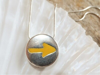 Camino yellow arrow necklace - keep the dream alive. Cost price gift