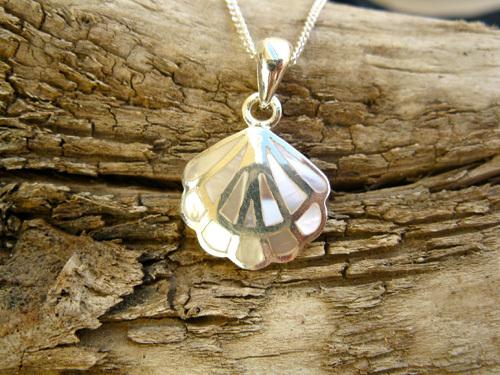Camino de Santiago jewelry necklace ~ silver + mother-of-pearl