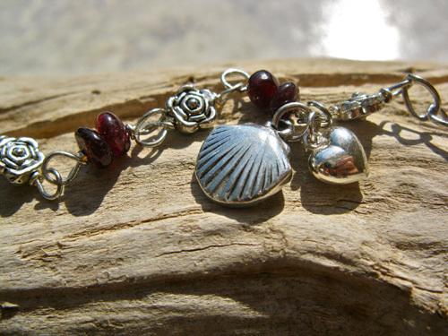 Scallop shell bracelet - safe travels ~ garnet
