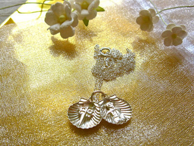 Santiago scallop shell necklace ~ double, sterling silver