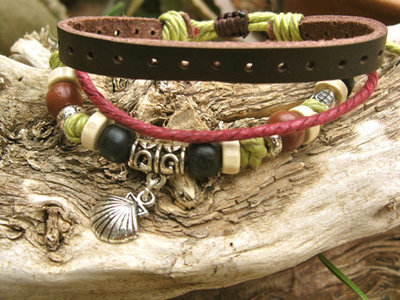 Camino scallop shell bracelet ~ lichen, to wish safe travels