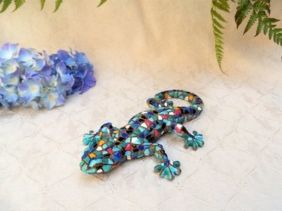 Spanish ceramic lucky Gecko figurine ~ Guillermo