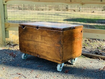 Rustic Trunk Table, Vintage Coffee Table, Storage Table