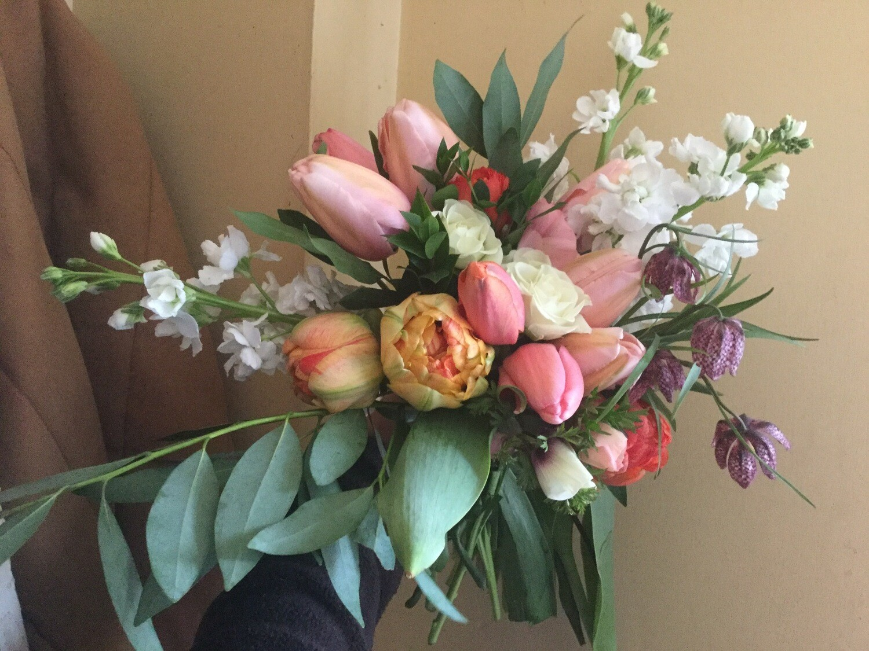 Grande Spring Bouquets