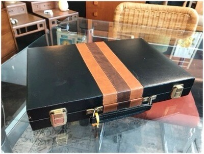 Vintage Reiss Backgammon Set
