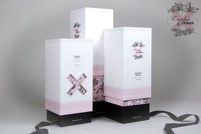 Cerdos y Rosas: Caja para pack embutido