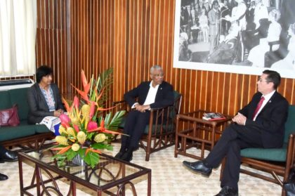President David Granger in discussion with Mr. Ivan Simonovic and Ms. Navi Pillay, during their visit to the Ministry of the Presidency