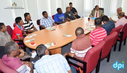 Prime Minister Moses Nagamootoo meeting with the Wales Sugar workers delegation