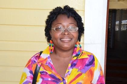 Shivonne Holder, Parent
