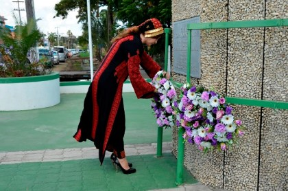Dr. Linda Sobeh-Ali lays the wreath at the Independence Arch at Brickdam, in a show of respect to the Cooperative Republic of Guyana.