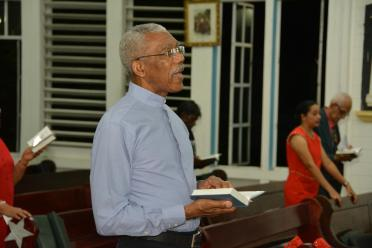 President David Granger attended the Christmas eve night service at the Christ Church Parish of the Anglican Diocese just before midnight