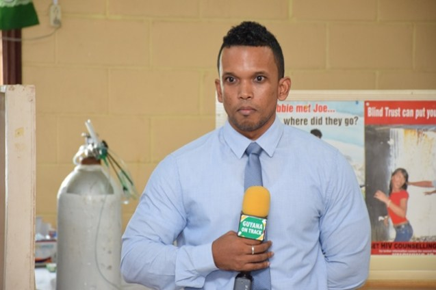 Coordinator of the Men's Health Unit of the Ministry of Public Health, Dr. Dennis Bassier.