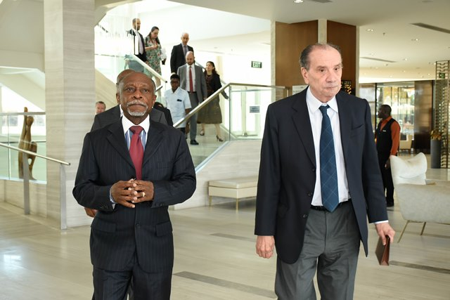 Minister of Foreign Affairs, Carl Greenidge and Brazil's Minister of External Relations, Aloysio Nunes Ferreira.