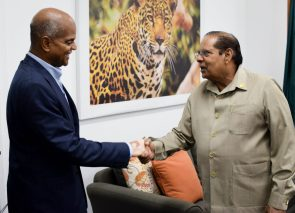 Prime Minister, Moses Nagamootoo greets High Commissioner to India, Dr. David Goldwin Pollard