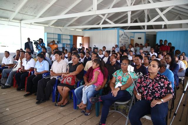 The gathering at the ICT roadshow at Bina Hill, Annai.